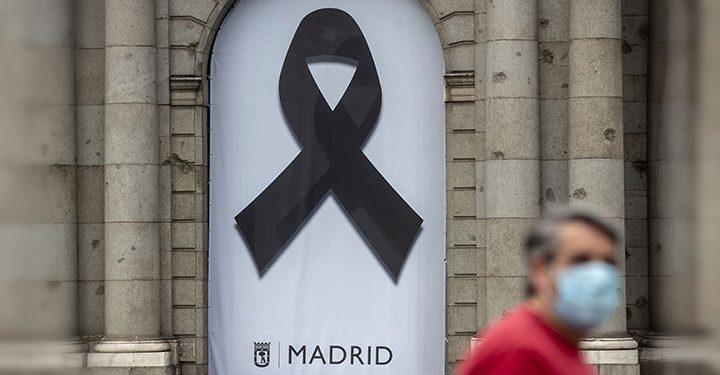ESPAÑA DECRETÓ 10 DÍAS DE LUTO POR LAS VÍCTIMAS DEL CORONAVIRUS