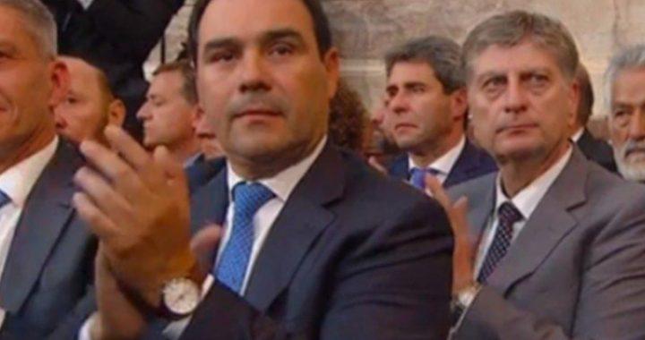 VALDÉS VIAJA A BUENOS AIRES Y ESPERA REUNIRSE CON EL PRESIDENTE